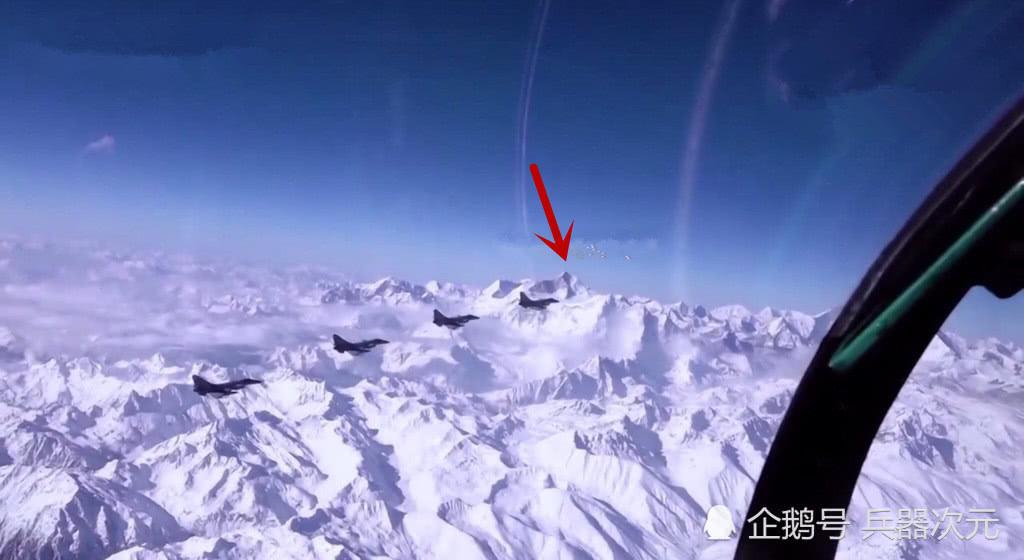 5架歼10C飞越珠峰,国产航发通过高原考验,空军再无后顾之忧