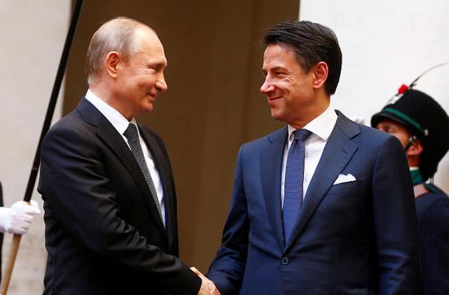 意大利求援,普京决定派出8支医疗队驰援,俄媒:他不只是说说