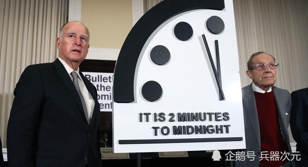 3万美军登陆欧洲,末日时钟向前拨动20秒,距离核大战不足2分钟