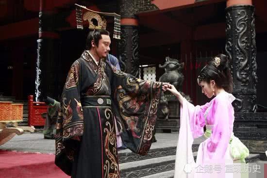 陕西墓碑揭露历史真相,第一位天皇是中国皇帝,而非日本人