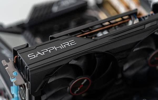 AMD RADEON 5500XT 显卡首测:通吃 1080p 游戏!