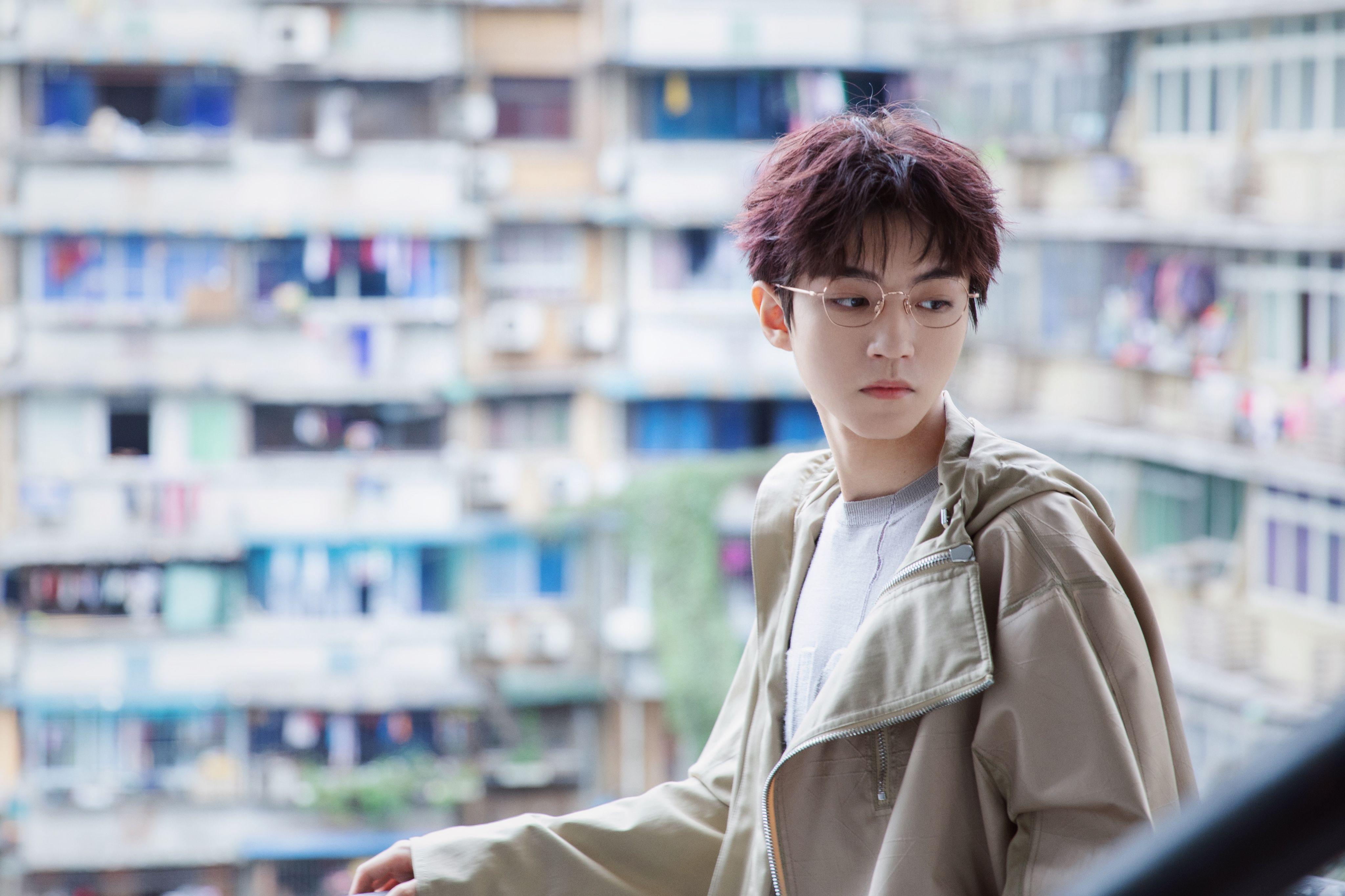 王俊凯以特殊方式走进课堂,代表身份令人骄傲,提高学生积极性