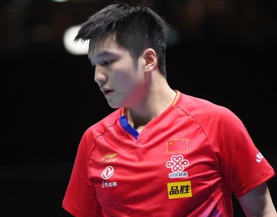 樊振东气势如虹!4-1力克世界冠军强敌,成功锁定半决赛门票