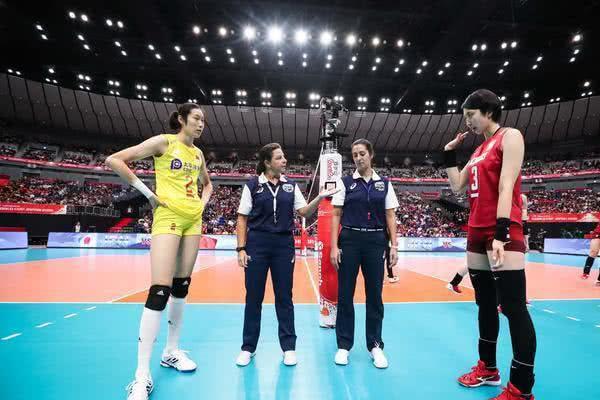 中国女排3比0横扫日本队!不是朱婷,得分王是她!