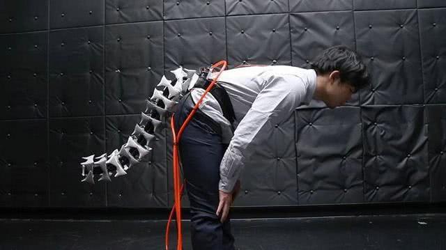 你是否需要一根尾巴?日本开发可改善平衡的机械尾,未来应用广泛