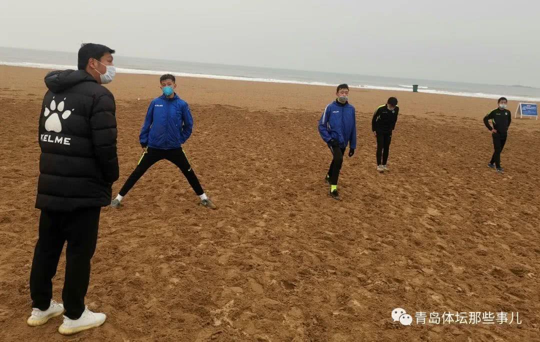 中能U17梯队海边开练,5名国少小将星耀石老人