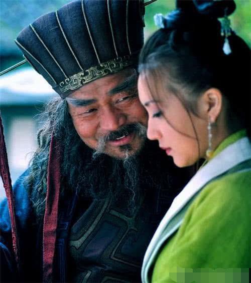 <b>中国历史上的4大民族罪人是谁拖累中国历史进展,秦桧位居榜首!</b>