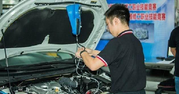 适当的汽车维修的重要性,不要等爱车抛锚才想起