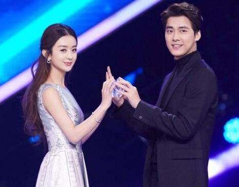 赵丽颖、冯绍峰奉子成婚,补办婚礼,完美的爱情更需要仪式感!