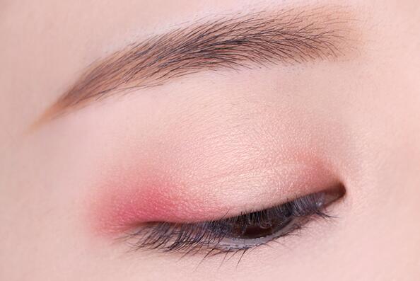 彩妆涂抹液体素材