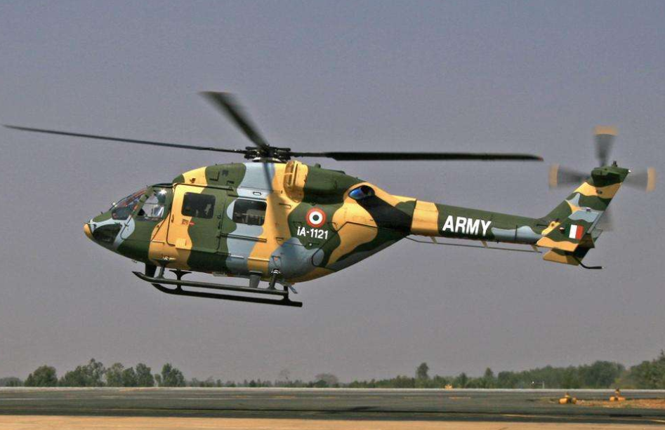 <b>中印边境传出巨响,一架印度军机突然坠毁,机上载有3名飞行员</b>