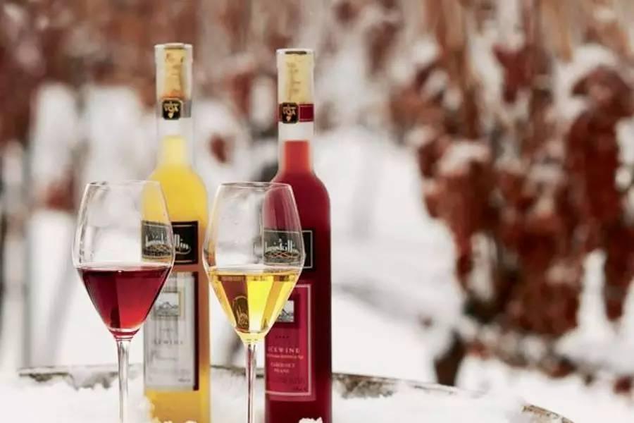 女生适合喝什么葡萄酒? - 红酒百科全书 - 红酒百科全书