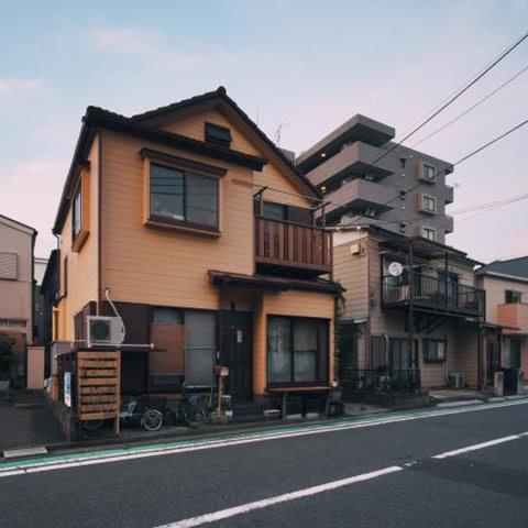 日本有钱人都住公寓,而穷人都住别墅,你知道这是为什么吗?
