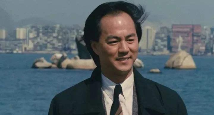 狄龙隐藏39年儿子曝光,也是TVB的演员,父子俩长得很像