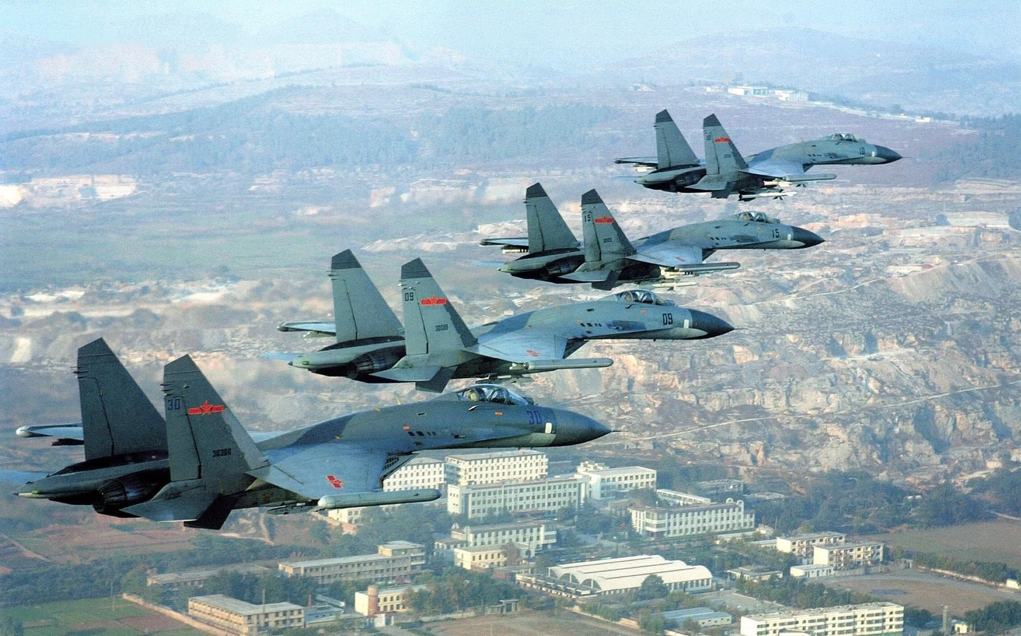 <b>蒙古拦截12架苏27,勒索100万过路费,90年代这么憋屈</b>
