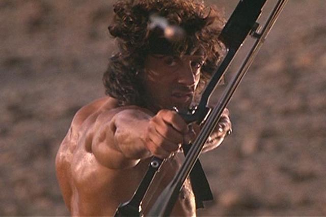 第一滴血新片史泰龙挥刀上阵,会不会用那个威力无比的爆炸弓箭