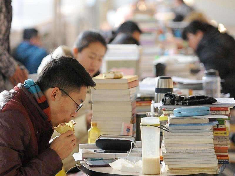 清华大学开除2名博士研究生:不吃学习的苦,就得吃生活的苦