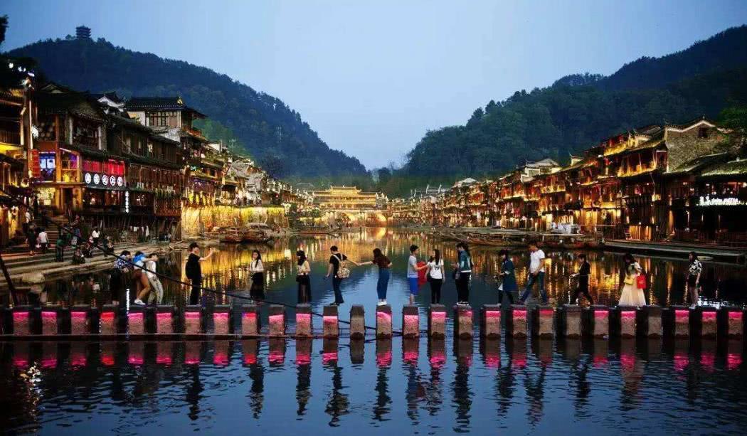 名气比谁都大,槽点同样比谁都多的中国四大景区,天涯海角也上榜