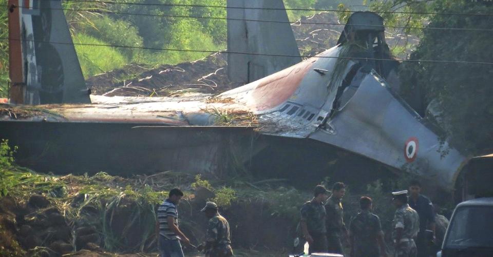 印巴边境战争一触即发,一架苏30突然坠毁,美顾问:非常失望