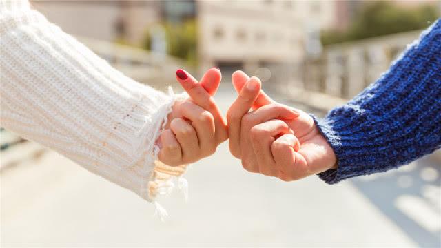 """心理学家:夫妻生活中,偶尔互换""""角色"""",会有意想不到的好处"""