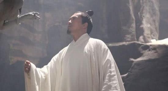 道家的逍遥子和佛家的扫地僧谁的功夫更高?无从考证,却有迹可循