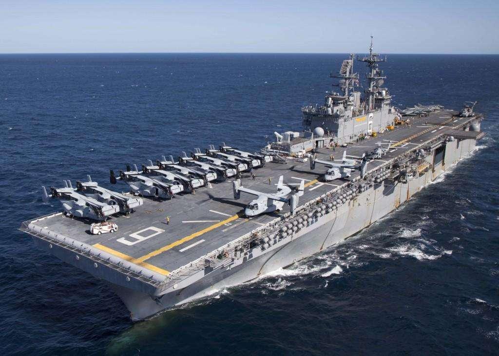 四万吨巨舰抵达东海彼岸,搭载24架五代机,美军:备战真正对手