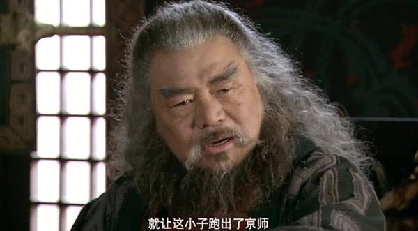 曹操是杰出的军事家,为何他有那么多次战败与性格和年龄有关
