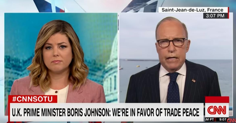 CNN播放英首相反对贸易战视频,库德洛结巴了…