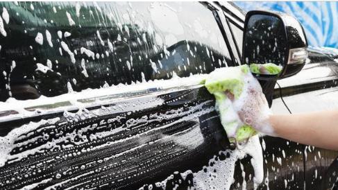 几天不洗汽车,车上就是一层灰,用上这招,车子一个月也干净!
