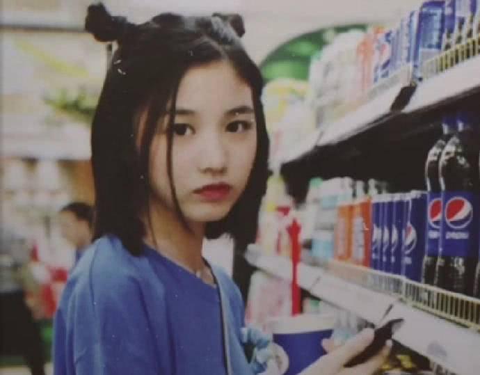 """星二代PK:汪峰女儿变""""潮女"""",黄多多才貌双全,而她不输宋茜"""