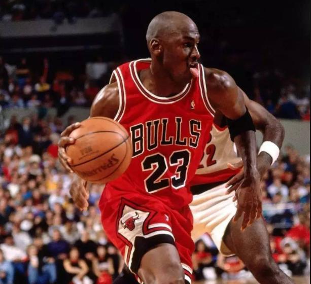 NBA球星的五大怪癖:乔丹吐舌头,詹姆斯咬手指,纳什让人费解
