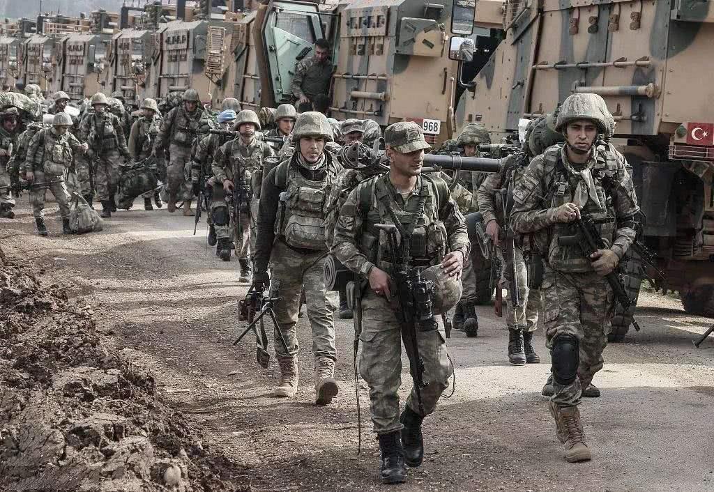 土和俄瓜分安全区:叙利亚国土升起俄罗斯国旗,叙政府军不得靠近