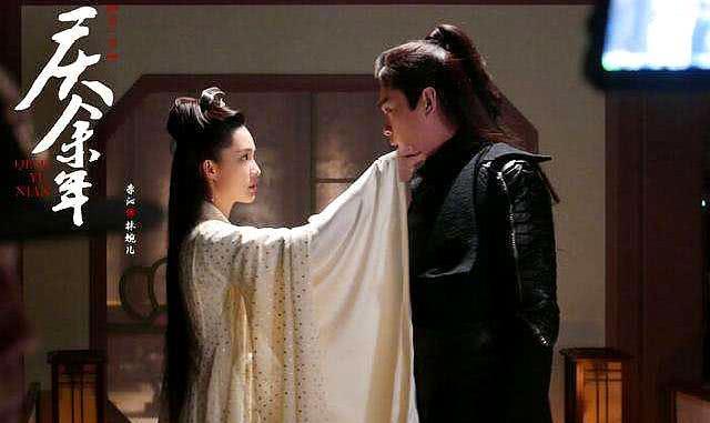 庆余年:亲妈的男闺蜜教她儿子杀亲爹,陈萍萍惨死,五竹击杀庆帝