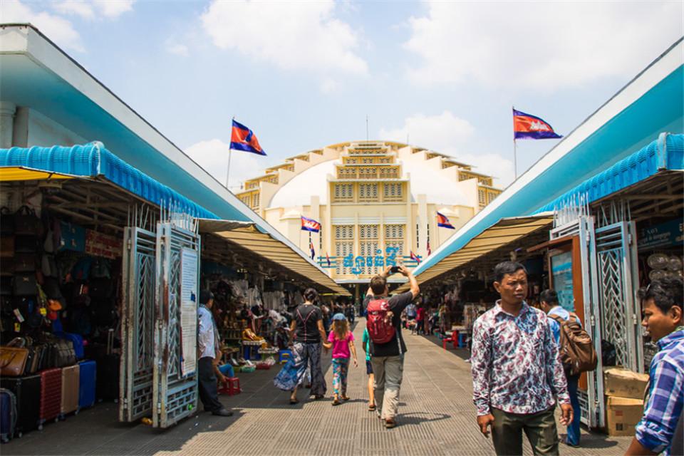 中国游客去柬埔寨,当地人是怎么看待我们的?这几个特质说得很对