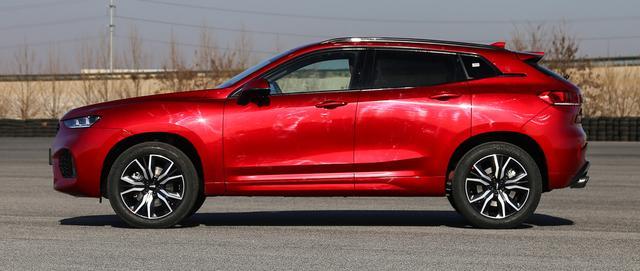 曾月销过万的豪华SUV,2.0T配置拉满,今降破16万卖不动
