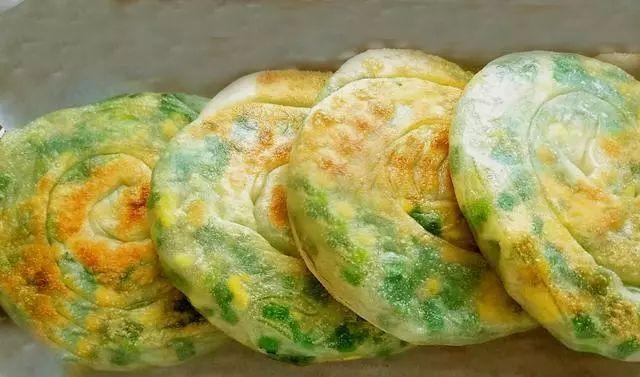 """""""蔬菜饼""""新做法!皮薄如蝉翼,酥脆爽口,早学早尝鲜"""