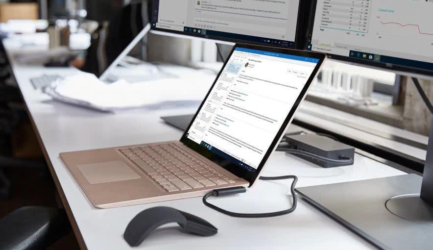 <b>微软秋季发布会没有提及的一款仅面向企业用户超长待机的商用电脑</b>