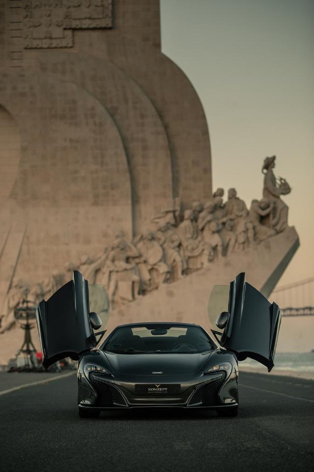 <b>迈凯伦650S敞篷版美图鉴赏,纯黑色很酷!</b>