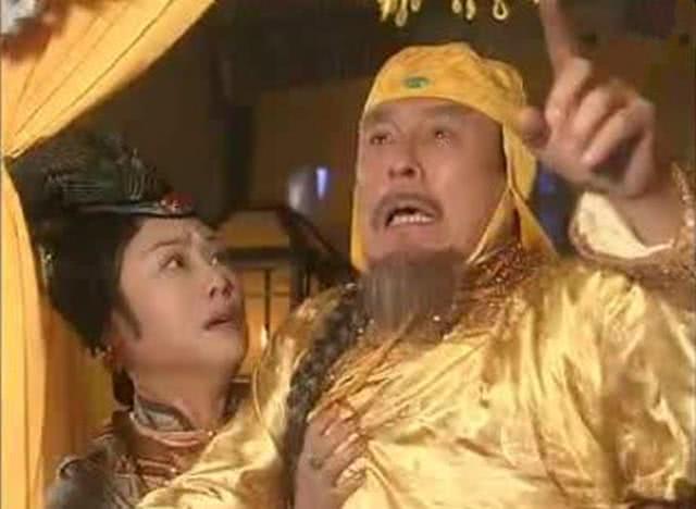 努尔哈赤死的最惨的儿子是哪个?皇帝怒斥他:窝囊废,满门抄斩了