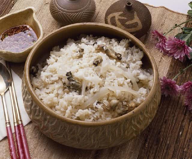 心理测试:4碗米饭,哪一碗看着最香?测试你天生靠什么赚钱?