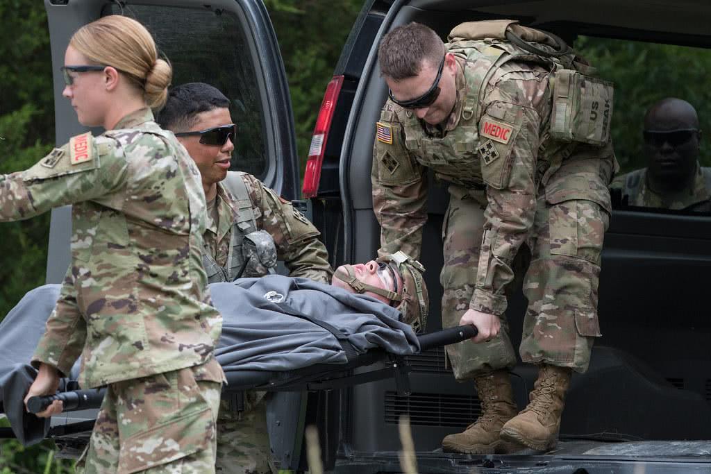 美军再次改口!伊朗导弹袭击致50人受伤,白宫:又没缺胳膊掉腿