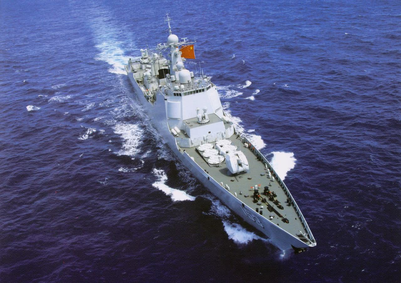 071登陆舰率七舰现身南亚,印度P8I全程跟踪,号称尽在掌握