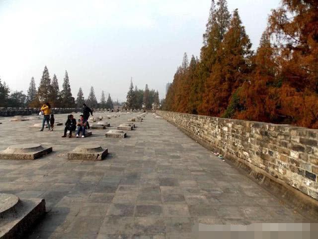 <b>很多人不知道,中国其实有4个故宫,除了北京故宫,其他3个故宫在哪</b>