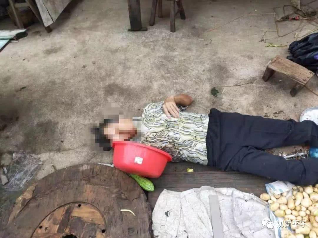 桂林一卖菜老人突然晕倒,现场的这一步令人感动!