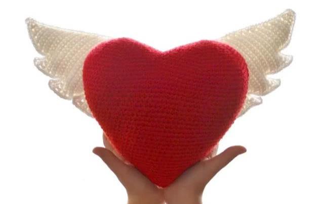 <b>一颗红心的百变钩法,毛线钩针编织爱心挂件,手工钩编附教程</b>