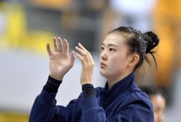 张常宁更博引热议!亚锦赛将对轰金软景?郎平不想让韩国女排夺冠