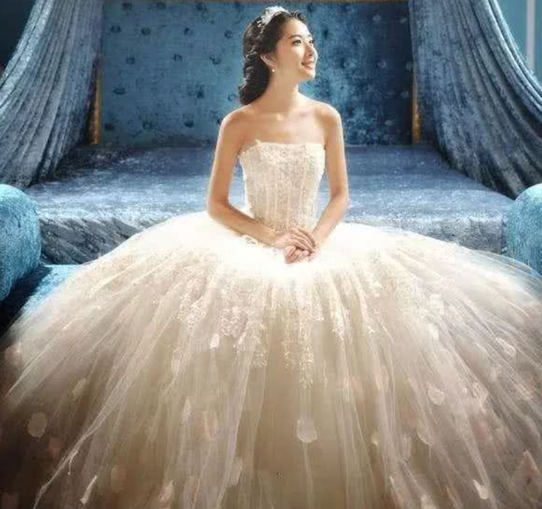 <b>心理学:假如你要结婚,你最想穿上哪款婚纱?测谁一生忘不掉你!</b>