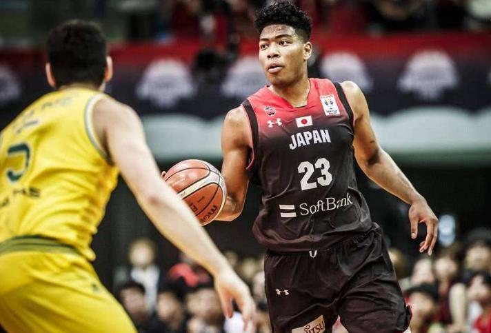 27分钟35分,日本21岁天才成亚洲最强锋线,中国男篮要警惕