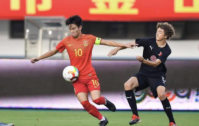 喜大普奔!U15国足4连胜夺金山杯冠军 他们是中国足球的希望