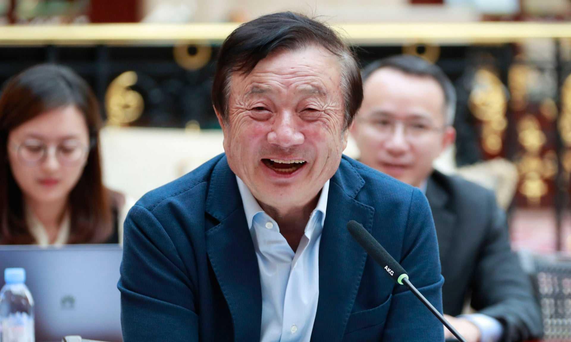中国最抠门老板,银行存百亿却不愿花十几亿盖办公楼,少赚近百亿